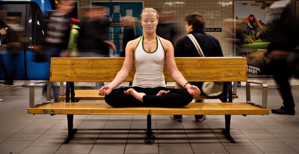 yoga för sköldkörteln
